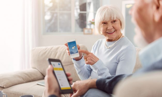 How to Teach Seniors to Become Tech Savvy