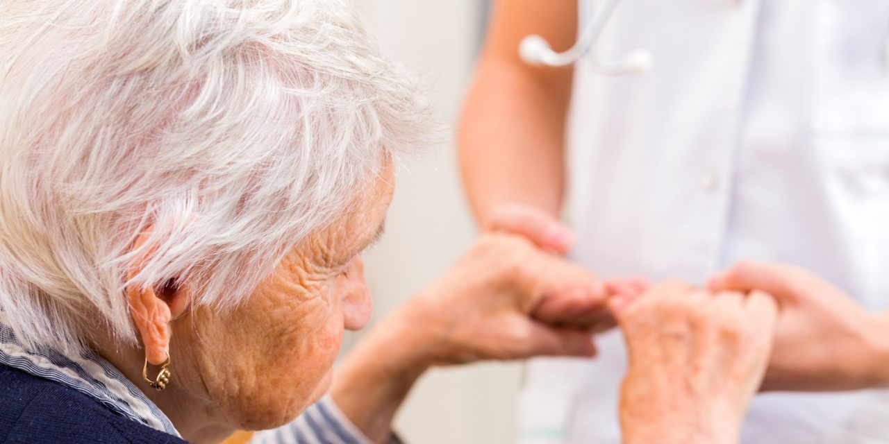 Signs Your Aging Parent Needs Help